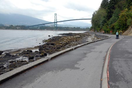 Segregated path around Stanley Park, Vancouver